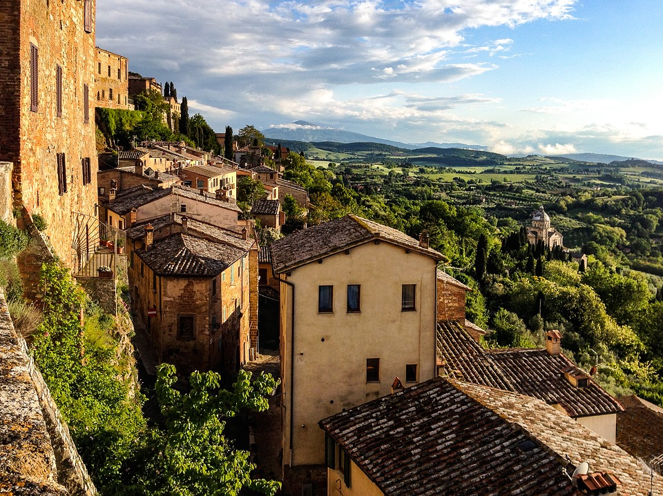 Visiting the villages of Val d'Orcia. A Tuscan itinerary   The Florence Insider theflorenceinsider.com   The Wordy Explorers